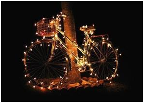 Christmas lights on a bicycle – bike gift for the holidays